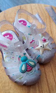 Sepatu zaky nina