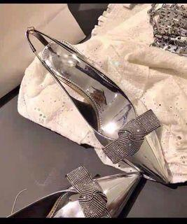 銀色 漆皮 水鑽蝴蝶結 尖頭細跟高跟鞋