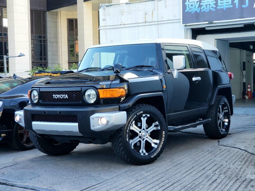 Toyota FJ Cruiser Auto