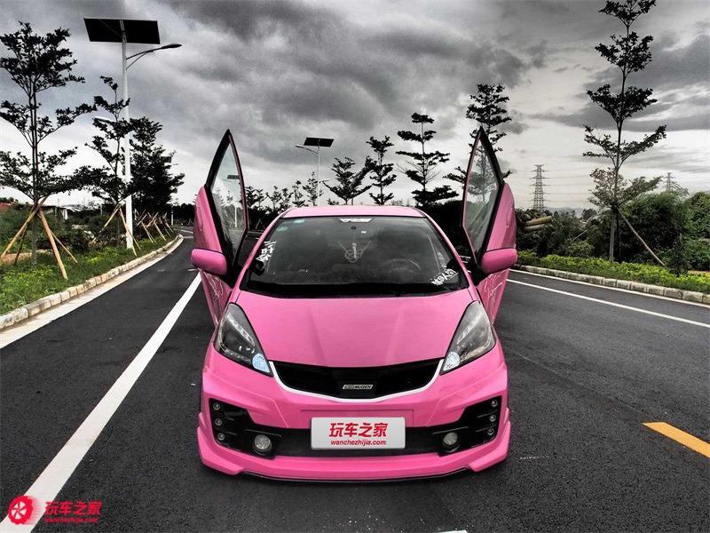 FB搜尋【世康中古車買賣】《熱門車款》2010年本田 FIT粉紅