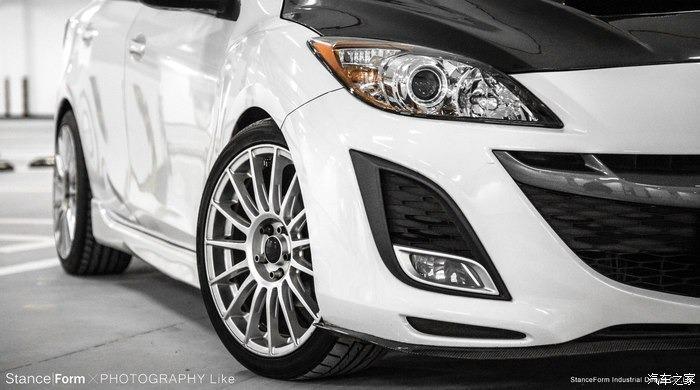 FB搜尋【世康中古車買賣】《熱門車款》2012年馬自達 2.0S 馬三五門 頂級 白