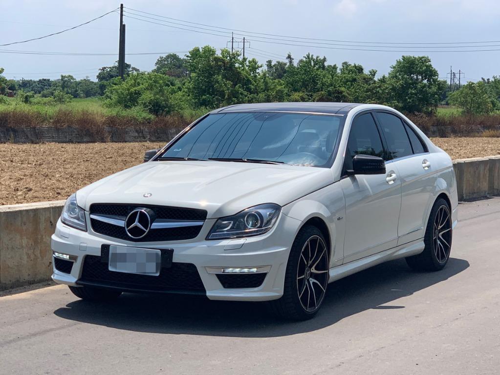 FB搜尋【世康中古車買賣】《熱門車款》2012年賓士 C250  白