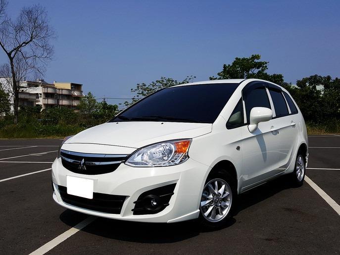 FB搜尋【世康中古車買賣】《熱門車款》2014年三菱 1.6 COLT 白