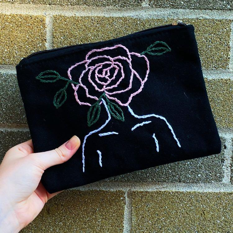 Rose Head Pouch