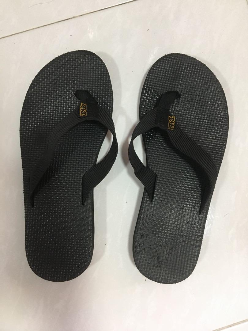TEVA slippers, Women's Fashion, Shoes