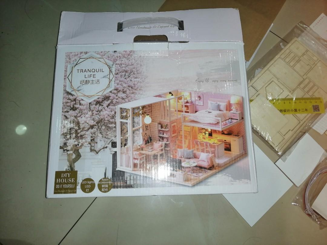 Tranquil Life DIY doll house