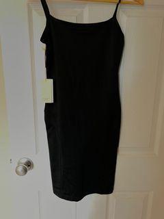 Aritzia - Woodward Dress