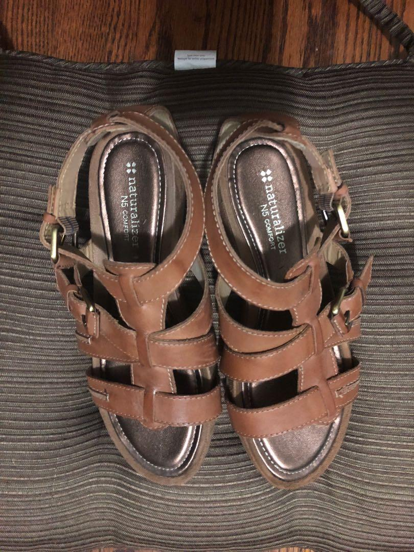 Leather brown sandals