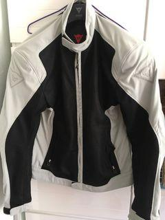 USED Dainese Air Flux 夏天網甲 (Size 50)