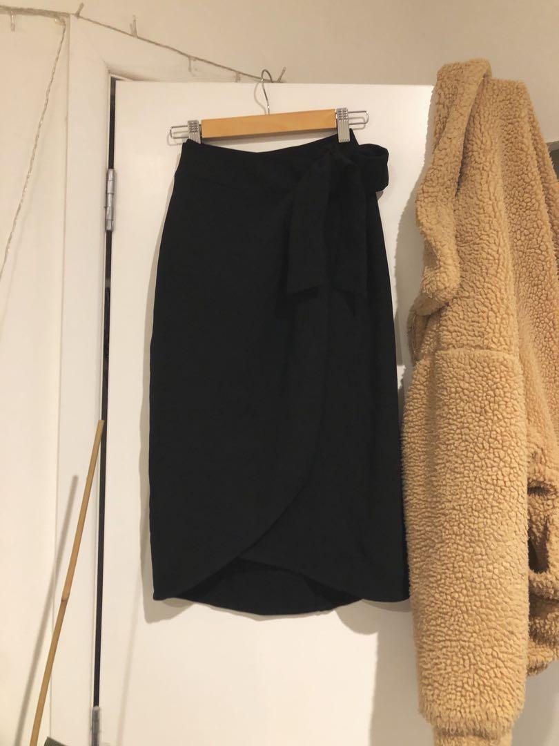 Country road wrap midi skirt