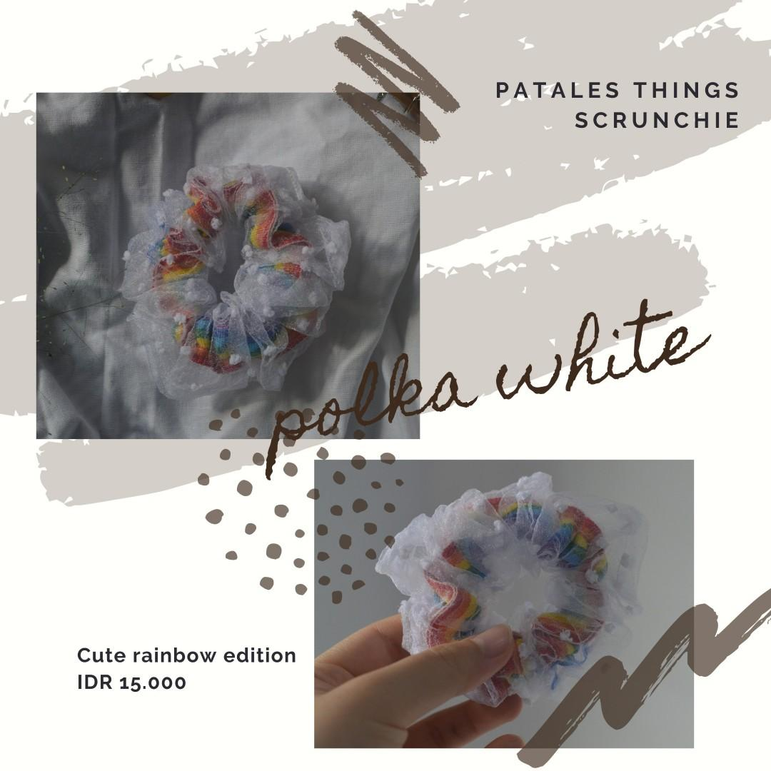 NEW Scrunchie putih polkadot