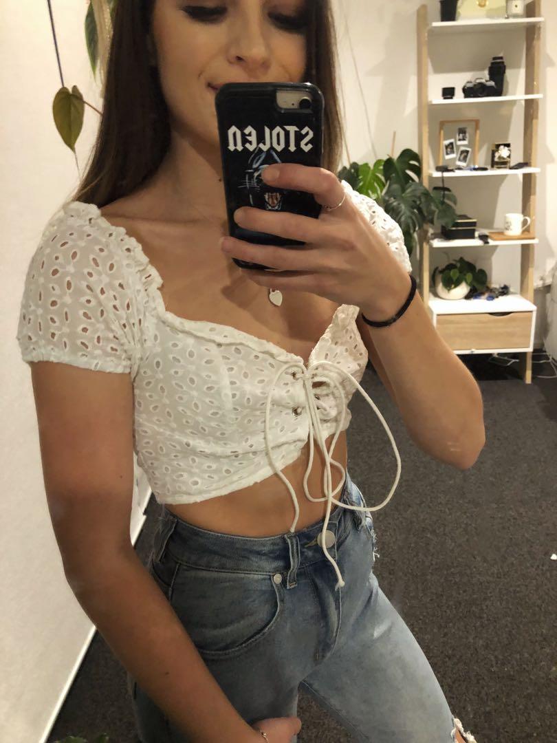 Tie top white