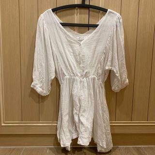 [二手] ‼️全賣場🈵️500免運‼️Pazzo 棉麻七分袖V領上衣 長版白色上衣 傘狀 泡泡袖 #HBB