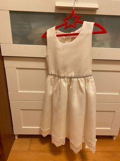 幼兒園 畢業禮服(新光三越專櫃購入)