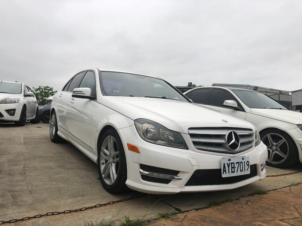 FB搜尋【世康中古車買賣】《熱門車款》2013年 賓士  C250