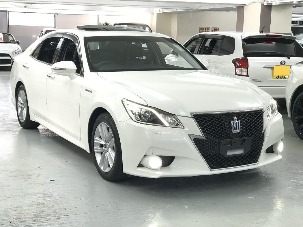 Toyota Crown 2.5 Athlete Hybrid G Auto
