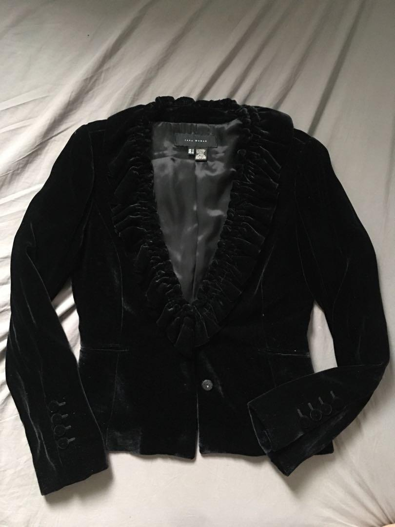 Zara Black Velvet Blazer Women S Fashion Clothes Outerwear On Carousell