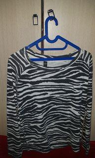SWEATER COTTON ON (LIKE NEW)