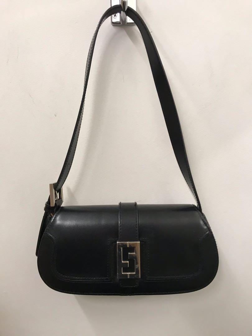 Adjustable Leather shoulder bag