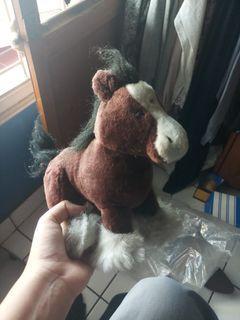 Boneka Kuda Ori
