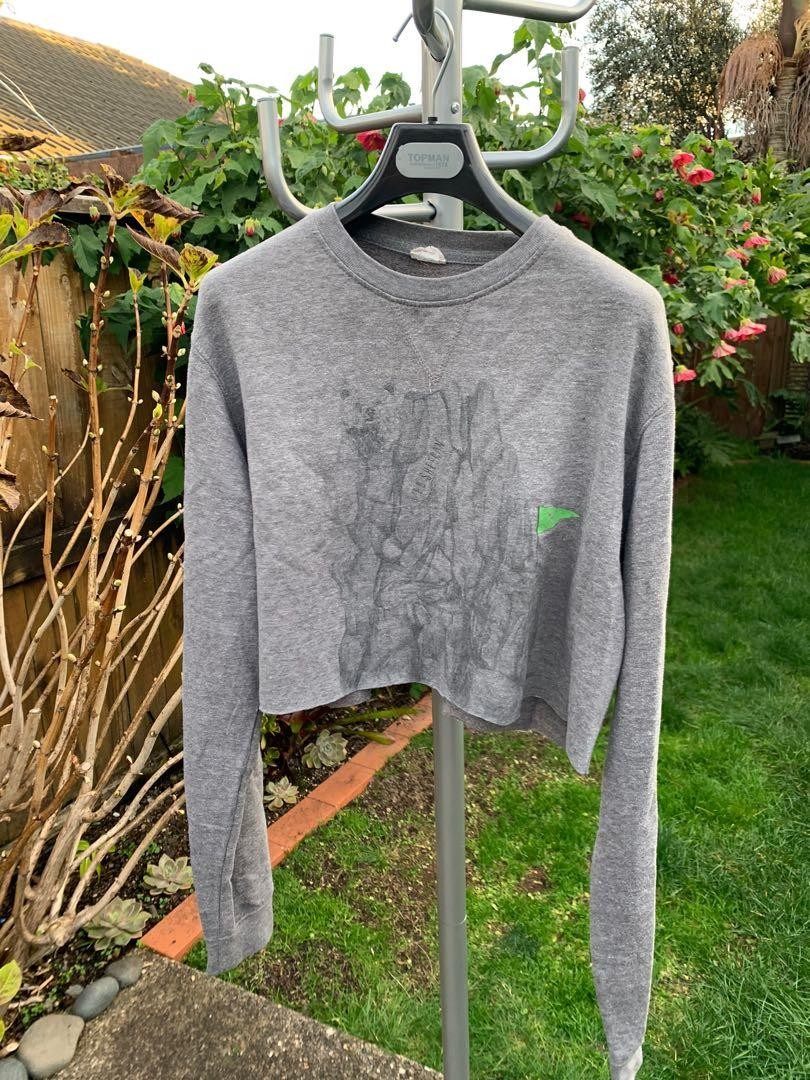 HAND CROPPED GREY SWEATER