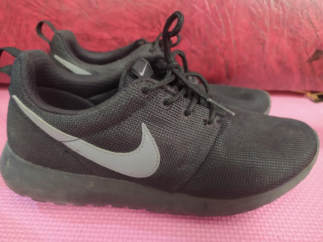 Nike Roshe Run, Women's Fashion, Shoes