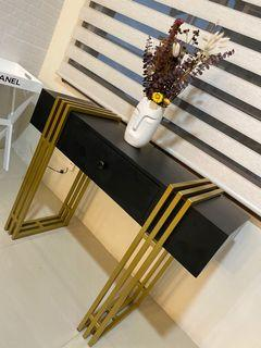 STEEL CONSOLE TABLE WITH BLACK LAMINATED WOOD DRAWER
