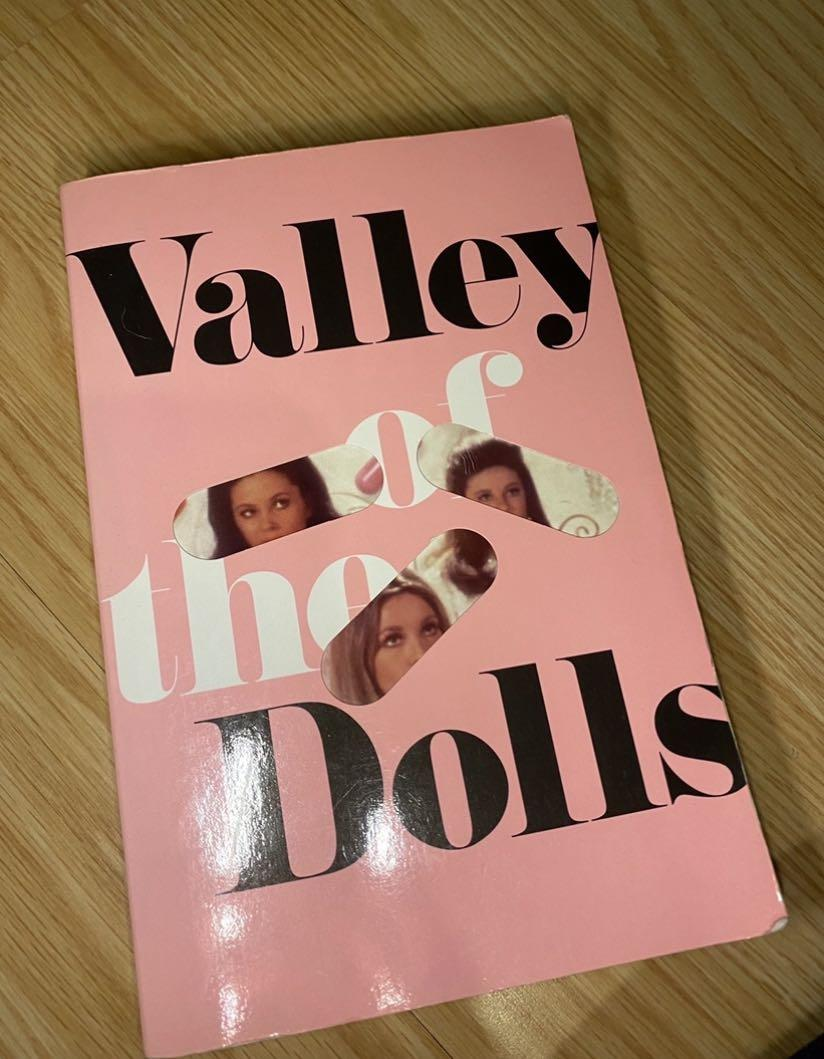"""BAYVIEW/EGLINTON PICKUP """"Valley of the Dolls"""" by Jacqueline Susann"""