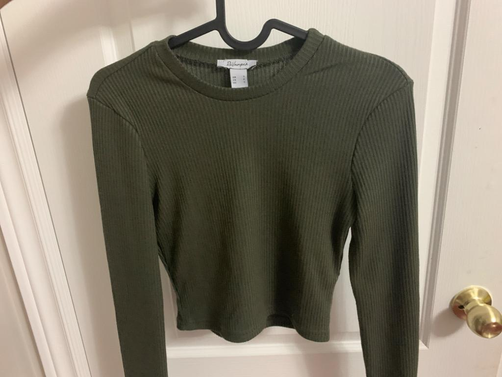 BRAND NEW long sleeve cropped top