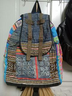 民俗風大型後背包