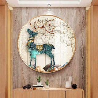 Exclusive painting with fashionable gold frame