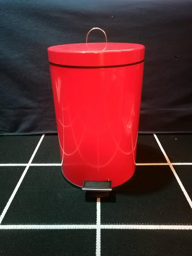 Red step garbage can