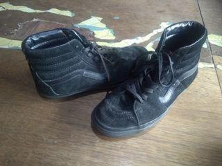 Vans Sk8hi (skate high) triple black (full black)