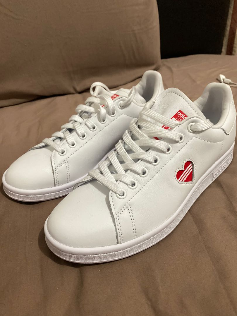 adidas stan smith heart shoes