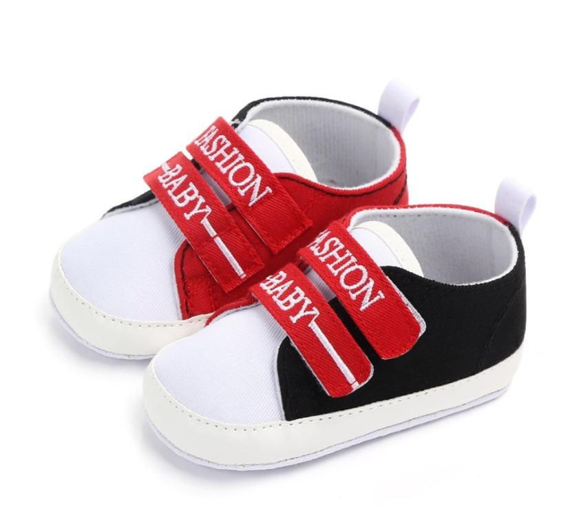 BNWT Fashion Baby Embroidered Velcro Closure First Walkers Shoes