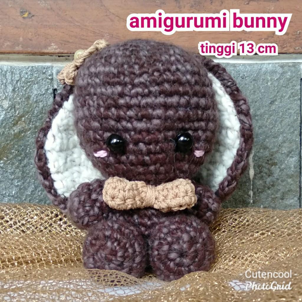 boneka bunny amigurumi