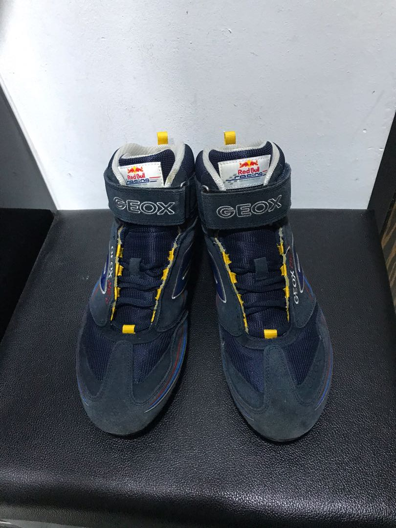 Contradecir Pericia Rebaja  Red Bull Geox Hibra Driving Shoes Formula One Team Racing Edition, Men's  Fashion, Footwear, Others on Carousell