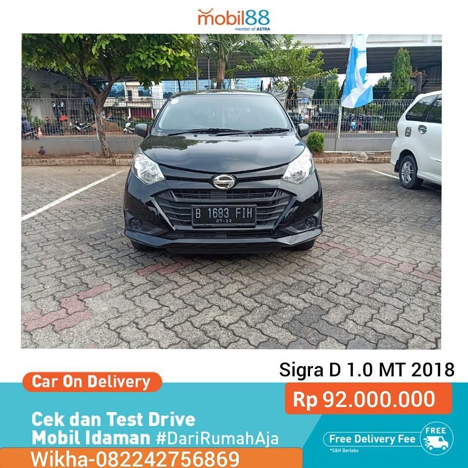 Sigra D 1.0 MT 2018