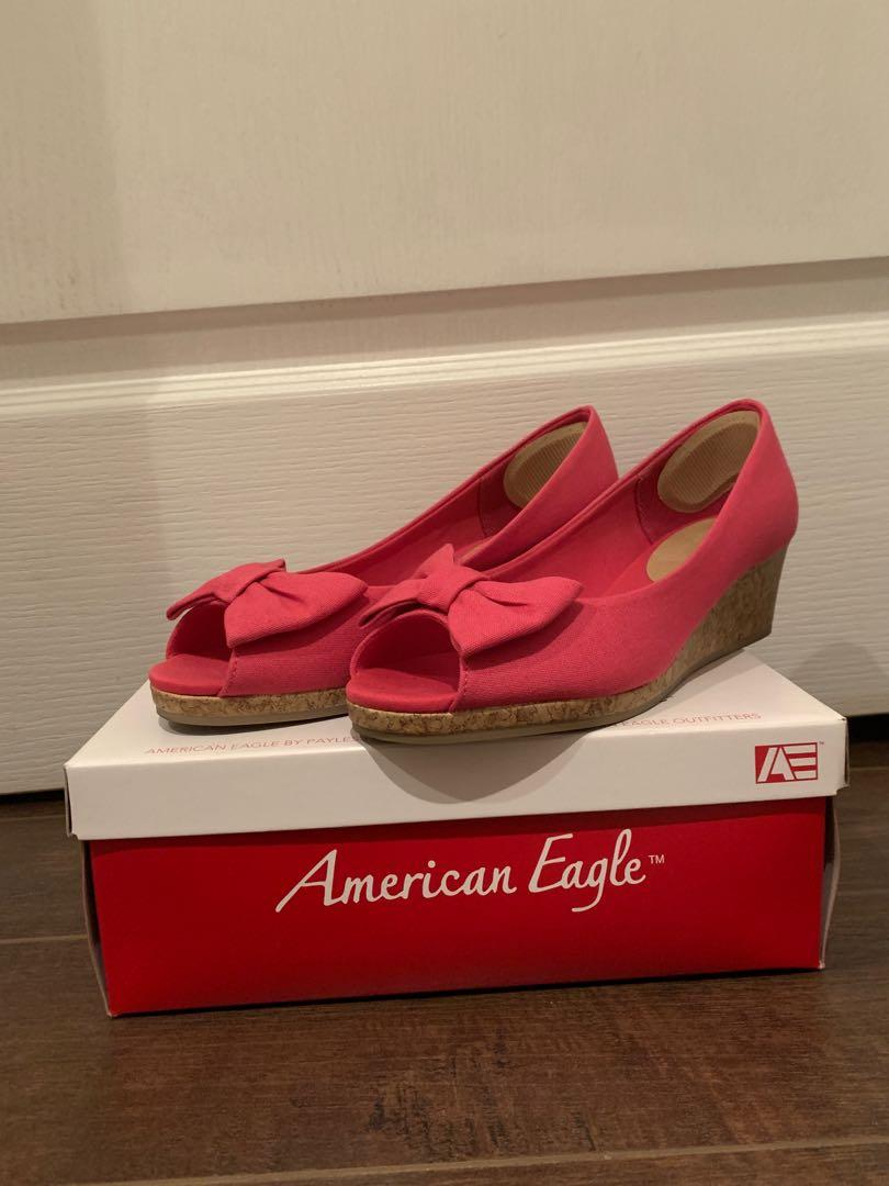 American Eagle Wedged Shoes