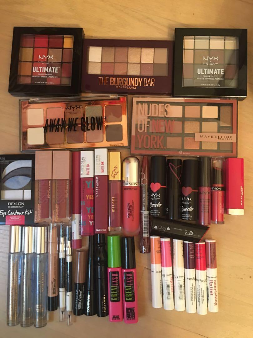 Cosmetic Lot