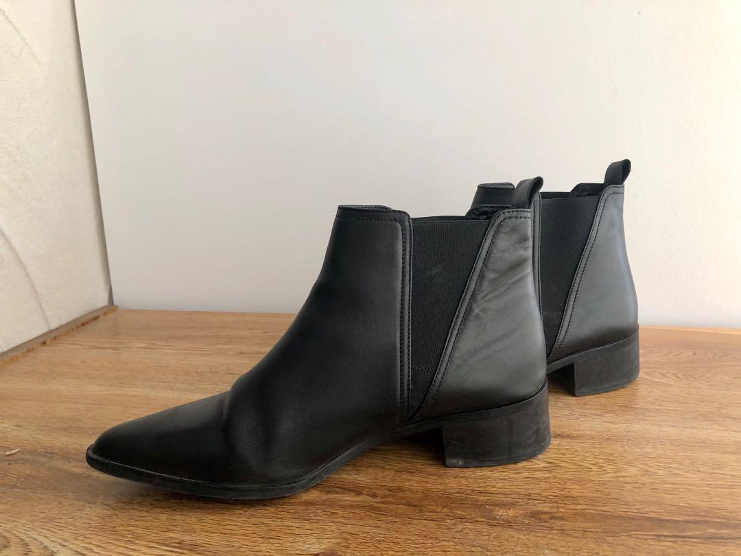Fabianelli Leather boots euro size39 2ft heels