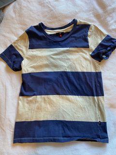 Lower t-shirt