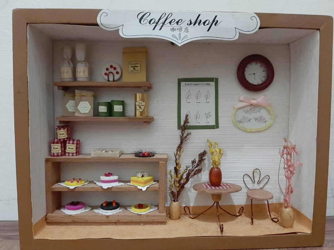 Miniature cofee shop