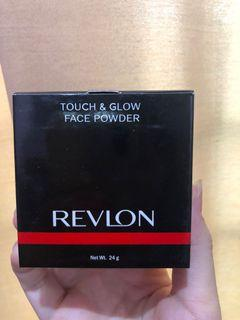 Revlon touch and glow fave powder