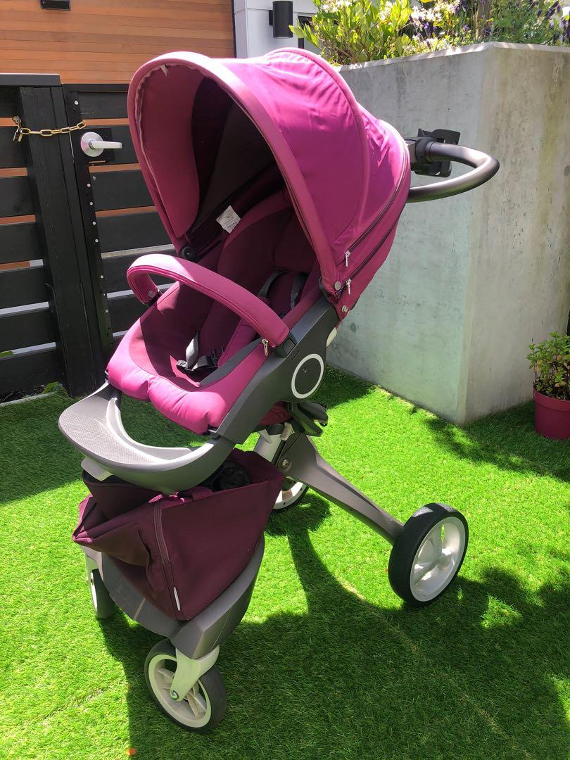 Stokke Xplory v5 stroller purple