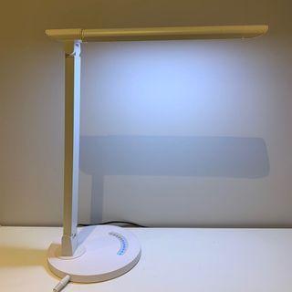 簡約桌上枱燈