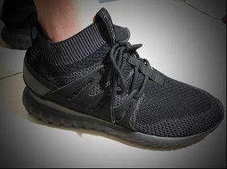 adidas tubular nova 全黑 襪套 二手