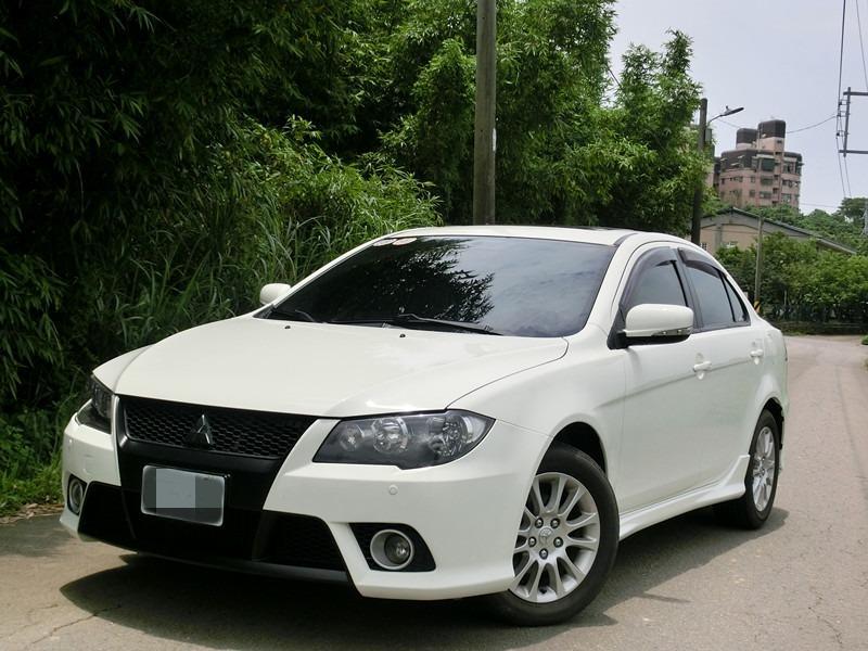 FB搜尋【世康中古車買賣】《熱門車款》2011年FORTIS IO白1.8