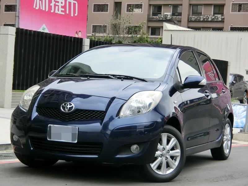 Fb搜尋🔍阿哲中古車買賣 粉絲專業 2011年TOYOTA yaris 大g藍1.5