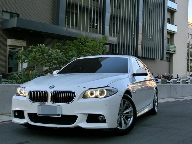 Fb搜尋🔍阿哲中古車買賣 粉絲專業 2012年BMW 520I 白2.0